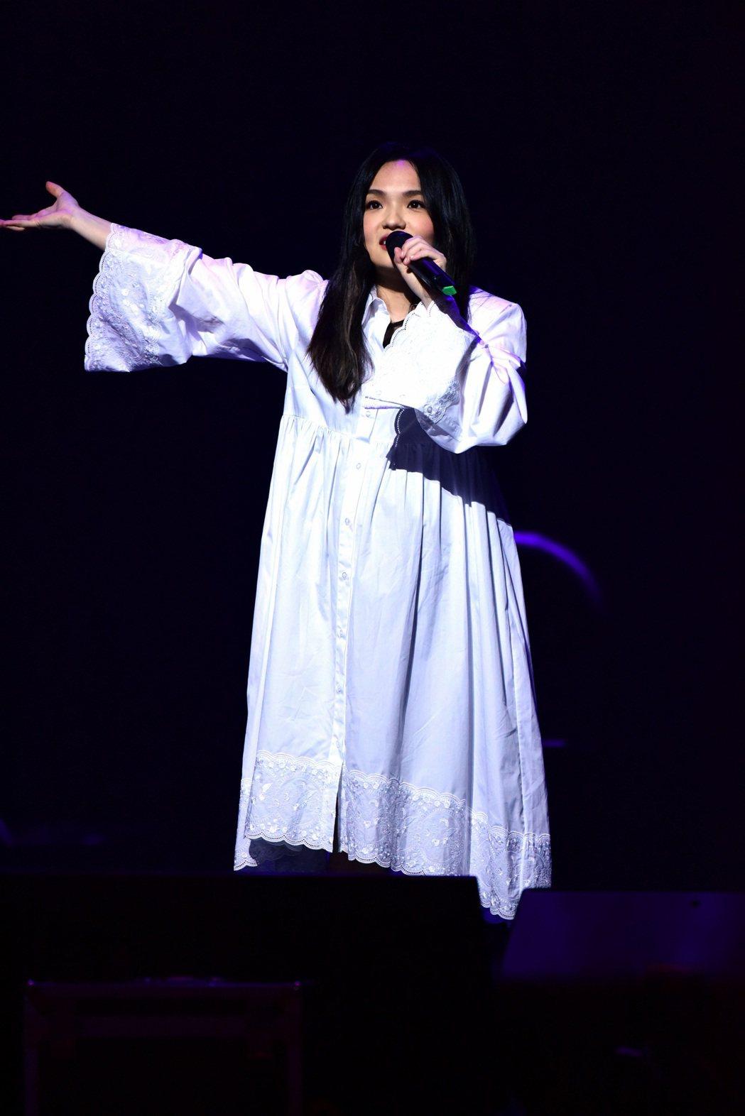 徐佳瑩挺7月孕肚開唱,笑虧肚內寶寶也開趴。圖/台北市文化局提供