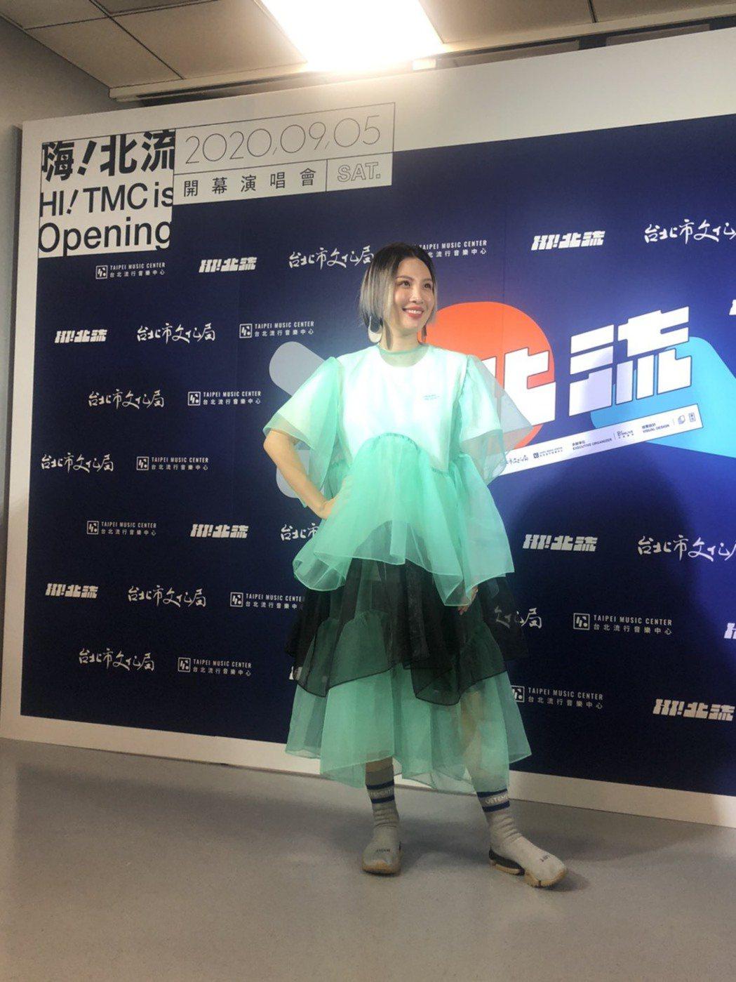 魏如萱透露作「胎夢」,夢中湊對「好」。記者王郁惠/攝影