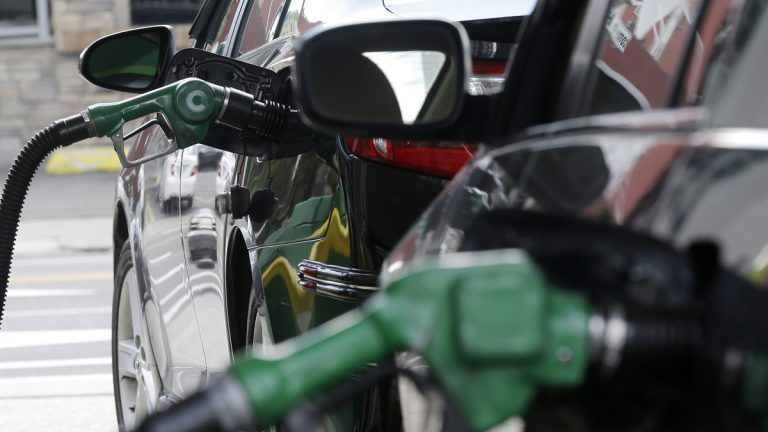 油價周四創三天來最大漲幅。(美聯社)