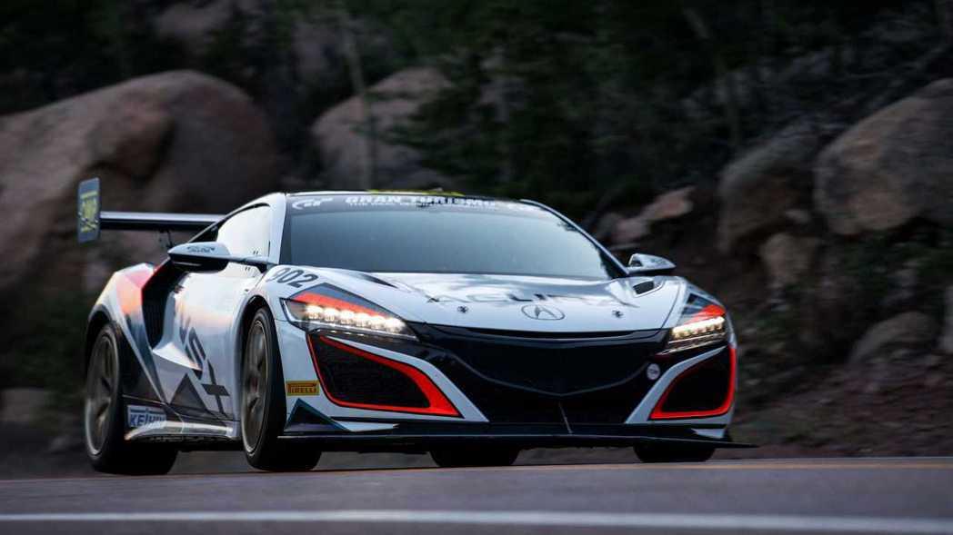 刷新最速Hybrid紀錄!Acura NSX勇奪派克峰爬山賽第三名佳績