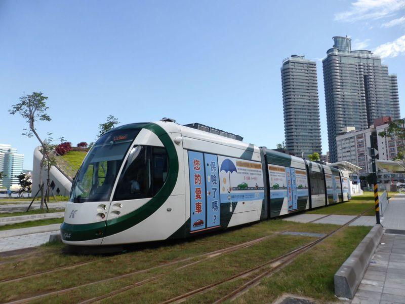 陳其邁市長上任後,對交通建設的重大宣示,是輕軌的續建。圖為高雄輕軌光榮碼頭站。圖/聯合報系資料照片