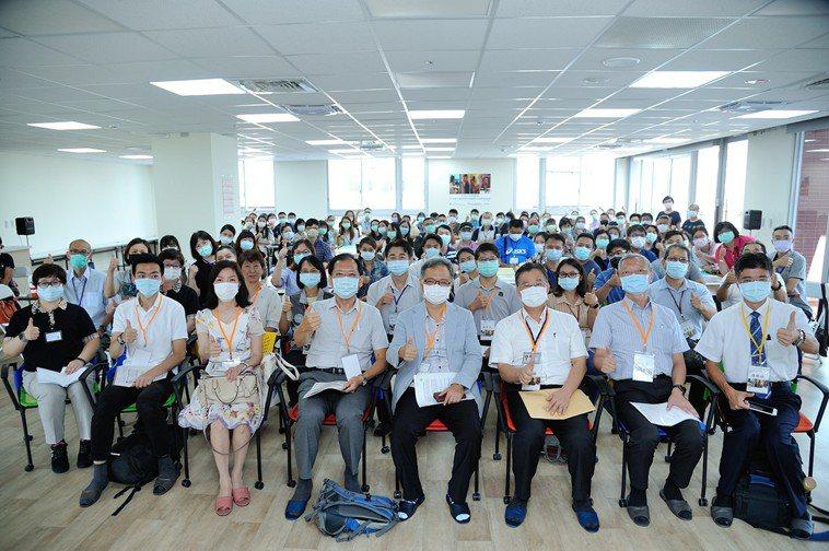 美國消防工程師學會台灣分會,與和頌住宿長照機構共同主辦「住宿式長照機構示範觀...