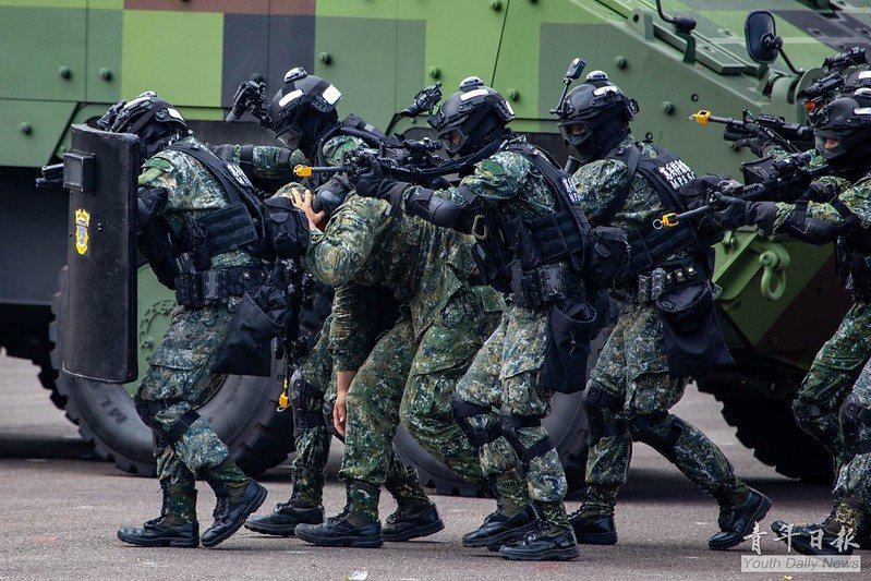 應將攻擊方視為軍方特種部隊之等級,反制單位的訓練心態及方式應同時調整修正。 圖/青年日報