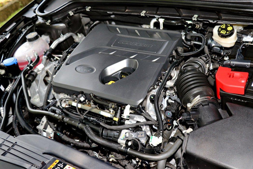 1.5升三缸渦輪增壓引擎,擁有182hp/ 24.5kgm的輸出表現。 記者陳威...