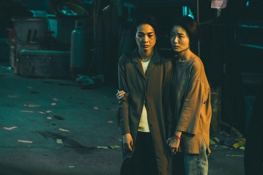 陳雪甄與許安植,片中被家暴的角色演繹深得觀眾共鳴。圖/華影國際提供