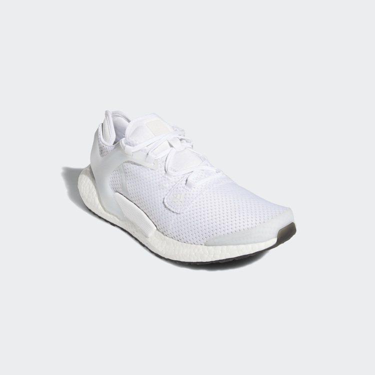adidas Alphatorsion Boost訓練鞋4,290元。圖/adi...