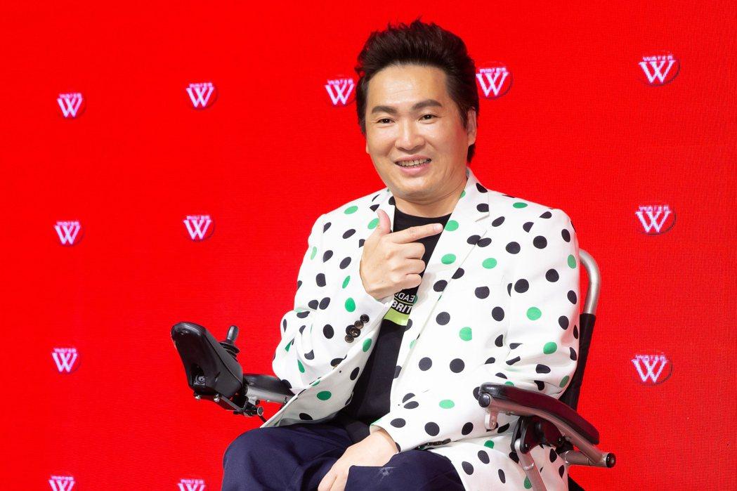 蔡義德推出新專輯「一年一年老」。記者季相儒/攝影