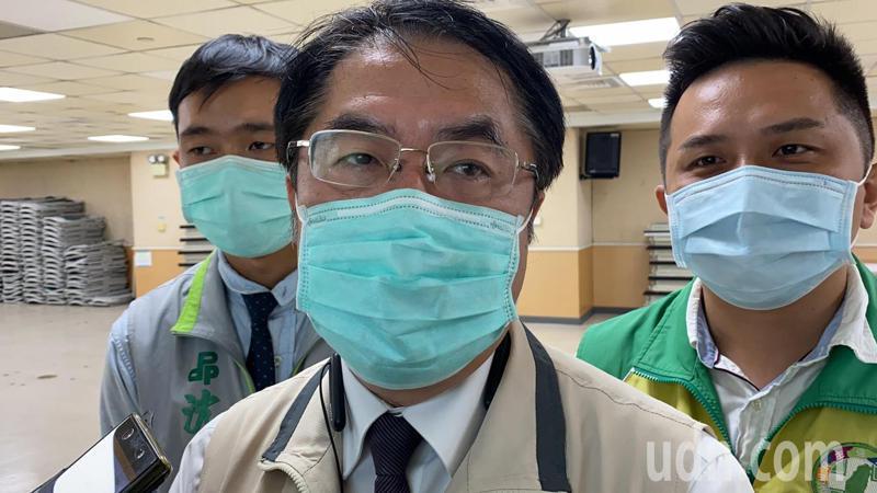 台南市長黃偉哲(中)滿意度達85.2%。記者鄭維真/攝影
