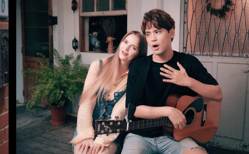 宋蕊安(左)和陳零九在MV中浪漫談情說愛。圖/艾迪昇傳播提供