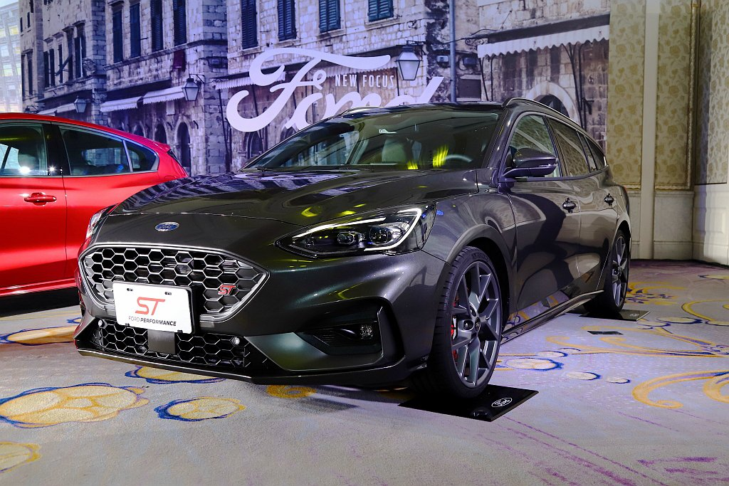 Ford Focus ST與Focus ST Wagon自上市以來,在台創下出色...