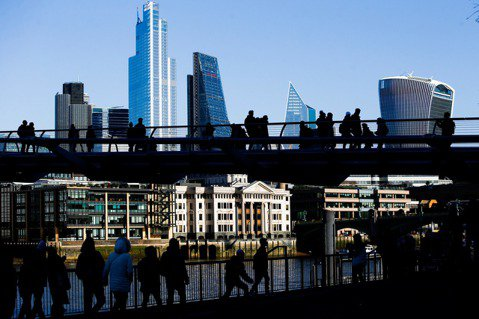 「運輸科技革命」如何改變城市?看20世紀初倫敦的都市規劃
