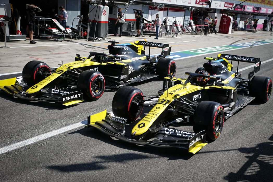 Renault雖然更名,但還是F1動力單元供應商。 摘自Renault F1 T...