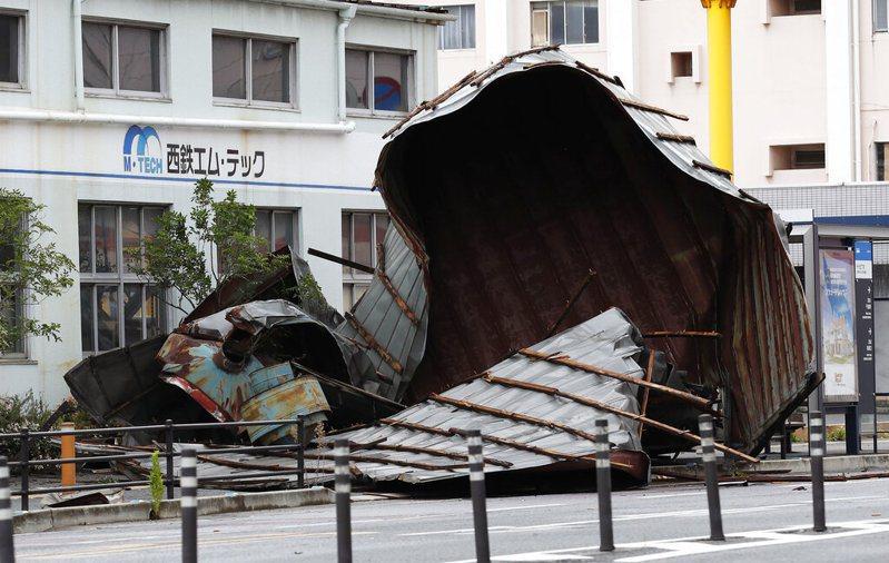 今年第10號颱風海神日前侵襲日本九州地方,造成2死78傷4失蹤。 圖/美聯社