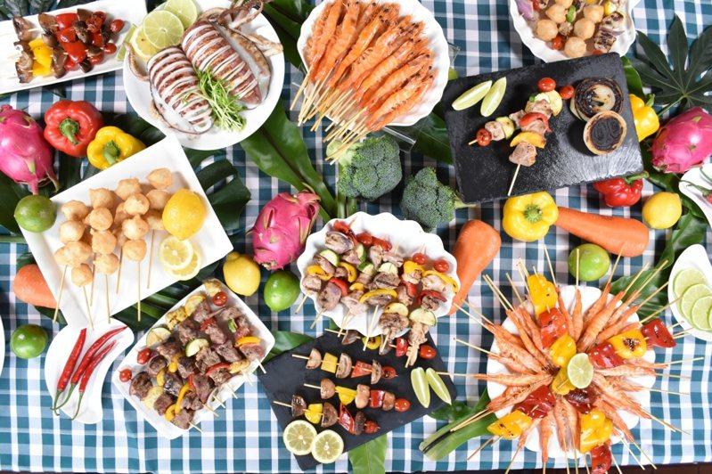 圓山中秋烤肉趴,有近百道料理選擇。圖/台北圓山提供