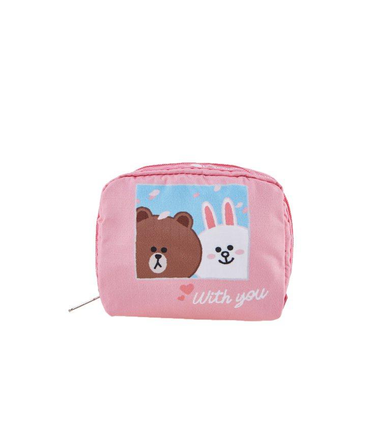 兔兔與你方形化妝包,1,100元。圖/LeSportsac提供