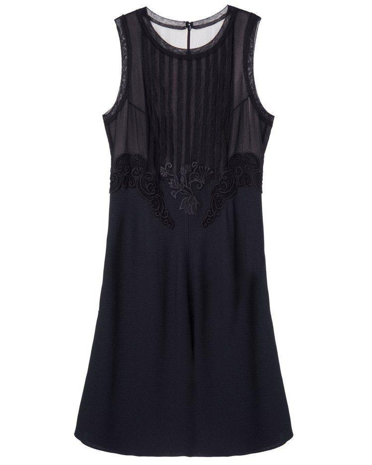 黑色無袖洋裝3折,29,800元、特賣價8,940元。圖/夏姿提供