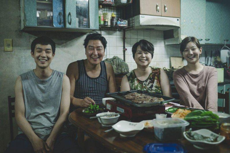 奉俊昊執導「寄生上流」在第14屆亞洲電影大獎入圍10項。圖/Catchplay提...
