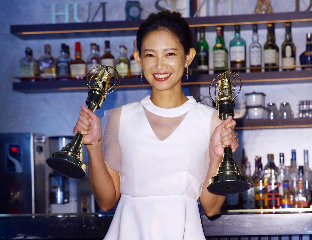 吳奕蓉去年拿下金鐘獎主持人獎,今年再度入圍自然科學及人文紀實節目主持人獎,還以迷