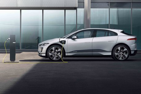 Jaguar Land Rover成為世界電動汽車日夥伴!致力打造零排放的移動環境。