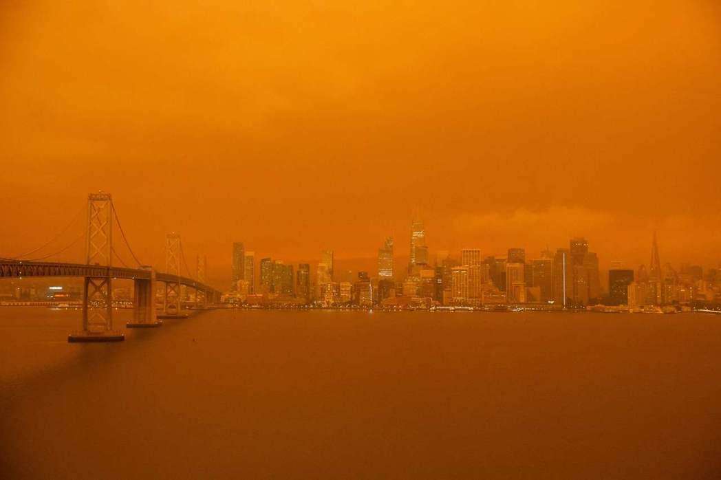 無論是舊金山灣區象徵標的的金門大橋、還是從金銀島(Treasure Island...