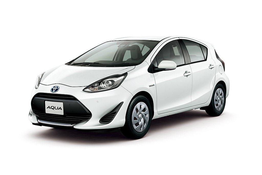 Toyota再針對日本Aqua油電複合動力小車細部更新,推出新年式車型。 圖/T...
