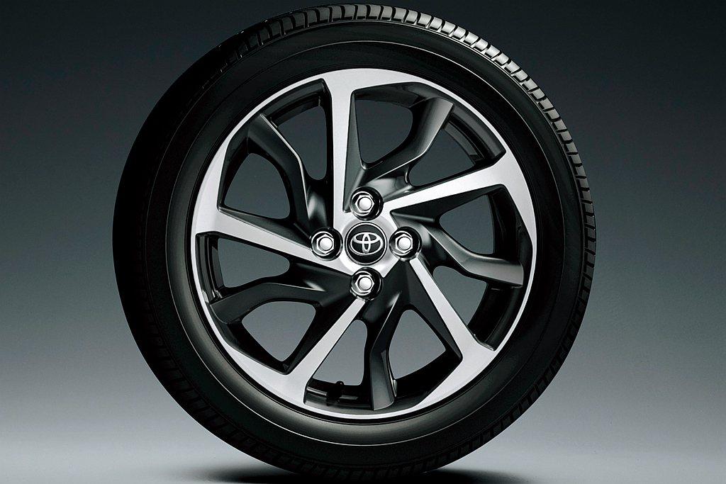 自Toyota Aqua G車型起導入16吋GR SPORT專屬輪框,並將ICS...