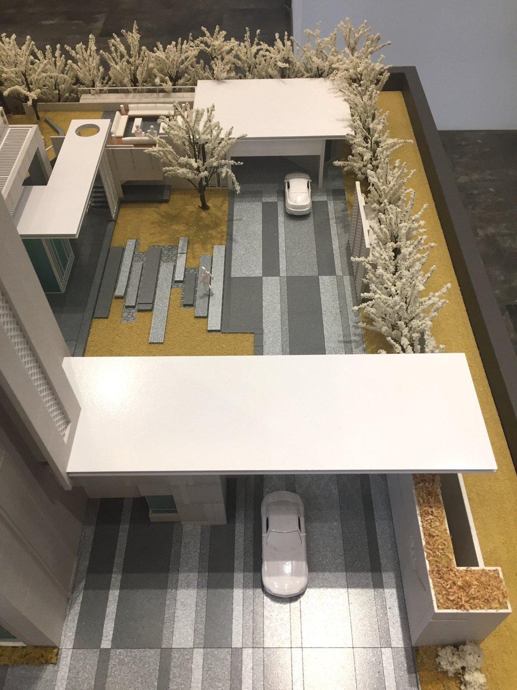 單元二預售案「碧國時雍」設計二進式大門。 碧國建設/提供