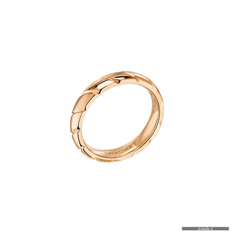 CHAUMET Torsade de Chaumet 玫瑰金戒指,約七萬元