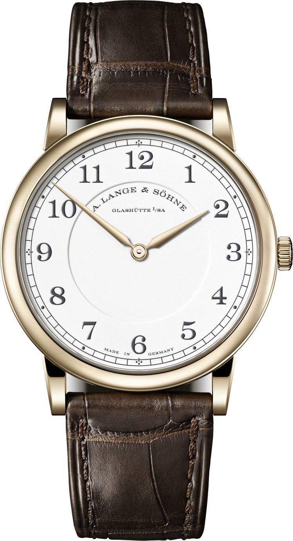 超薄的朗格1815 Honeygold腕表,限量175只,價格店洽。圖 / 朗格...