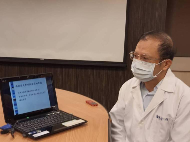 書田診所家醫科主任何一成提醒,痛風患者若自行吃止痛藥,很可能會添加腎臟負擔。記者...