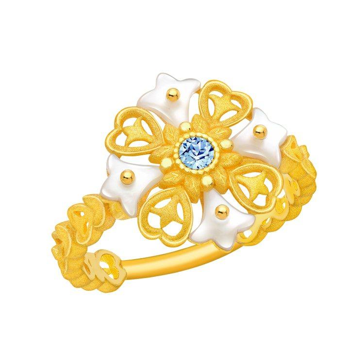 鎮金店 「花之魅影」純金鑲嵌貝母系列戒指,22,600元。圖/鎮金店提供