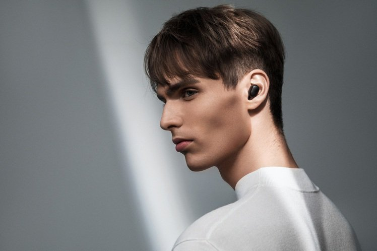 小米藍牙耳機Earbuds超值版S,售價545元,9月11日上午10點起在小米商...