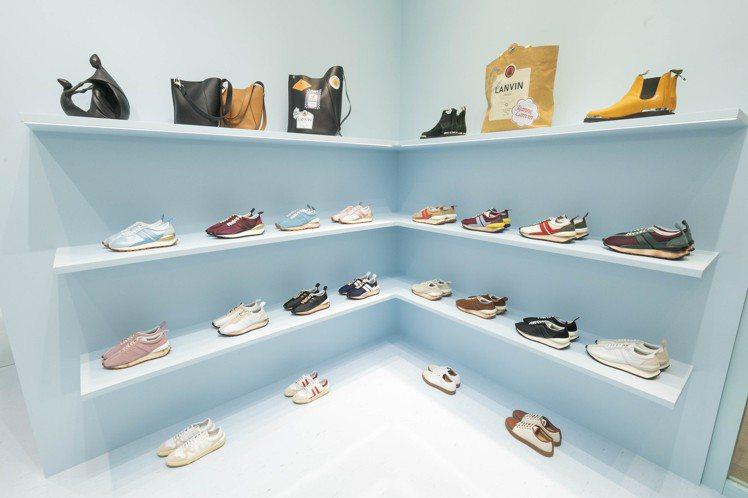 快閃店店內也販售鞋、包等配件。圖/LANVIN提供