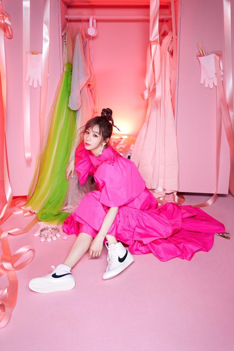王心凌將在27日舉辦「My! Cyndi!」精選輯簽唱會。圖/環球音樂提供