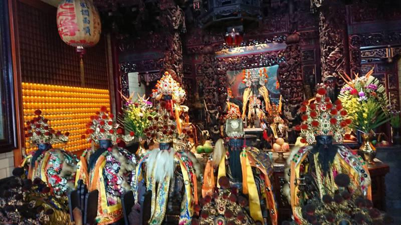 台南市中西區集福宮所供奉的5尊王爺。記者鄭惠仁/攝影