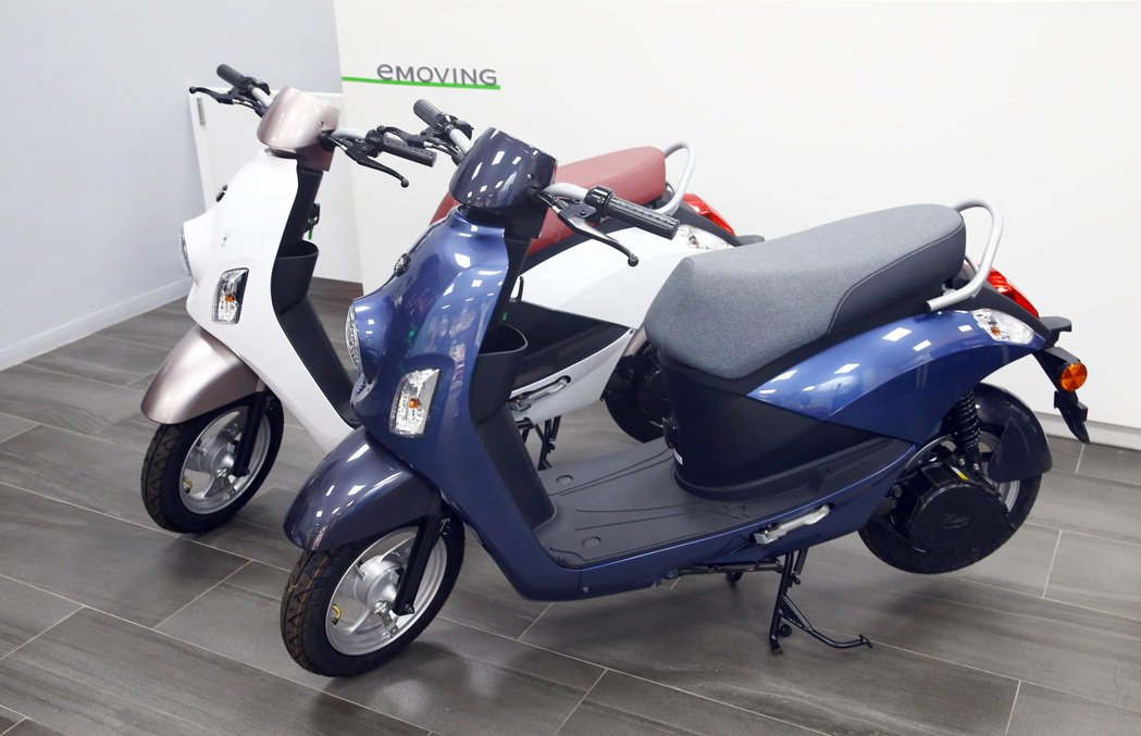 eMOVING電動車絕對是適合一家大小都能輕鬆騎乘的車款。 記者杜建重/攝影
