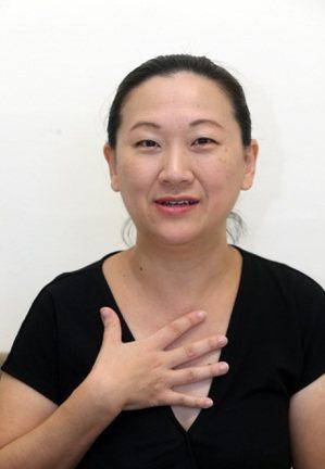 擁有CFP國際理財規劃師執照的徐黎芳,鼓勵投資人多看看美股,放入投資組合中。 記...