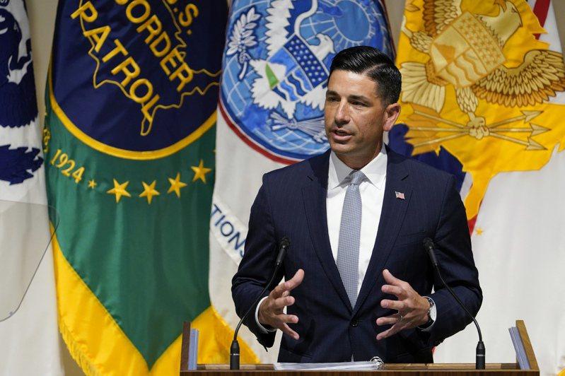 美國國土安全部代理部長沃爾夫九日表示,美國將停發簽證給特定大陸研究生和研究人員。(美聯社)