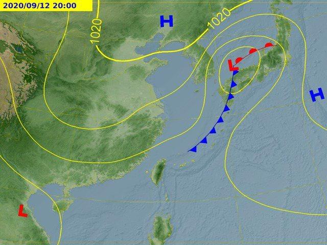 中央氣象局說,明天將有道鋒面通過台灣。圖/取自中央氣象局網站