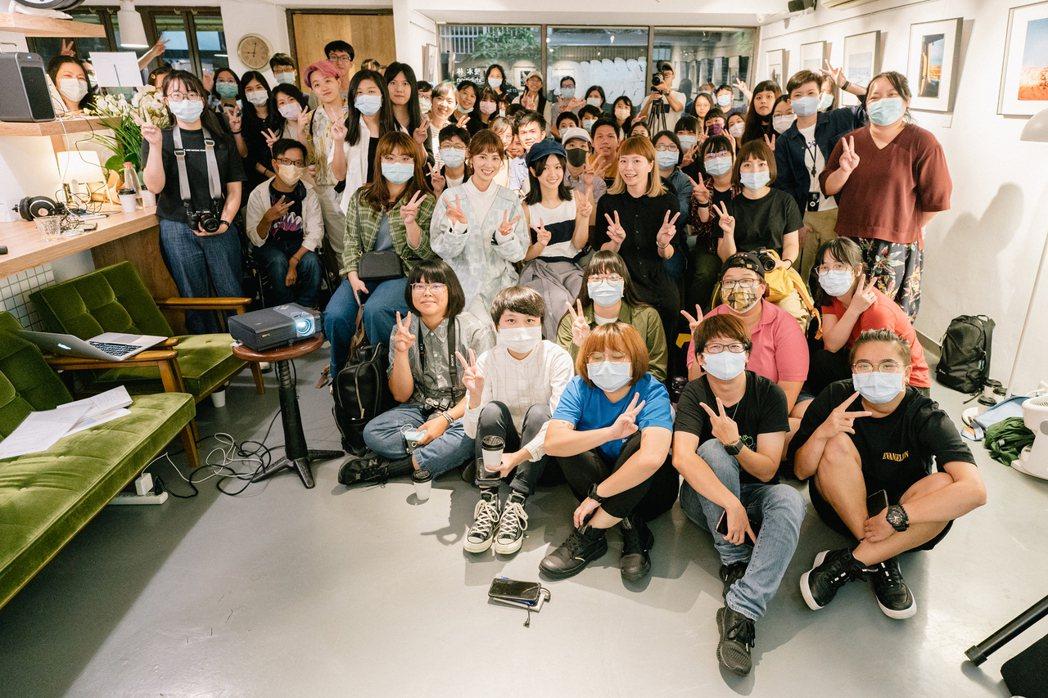 林予晞開「雙木林」攝影展,近百名粉絲參與座談。圖/TVBS提供