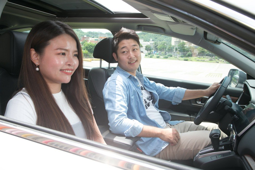 休旅車的大賣,其實也是源自於駕駛對於家人在乘坐舒適及安全上的考量。 記者陳立凱/...