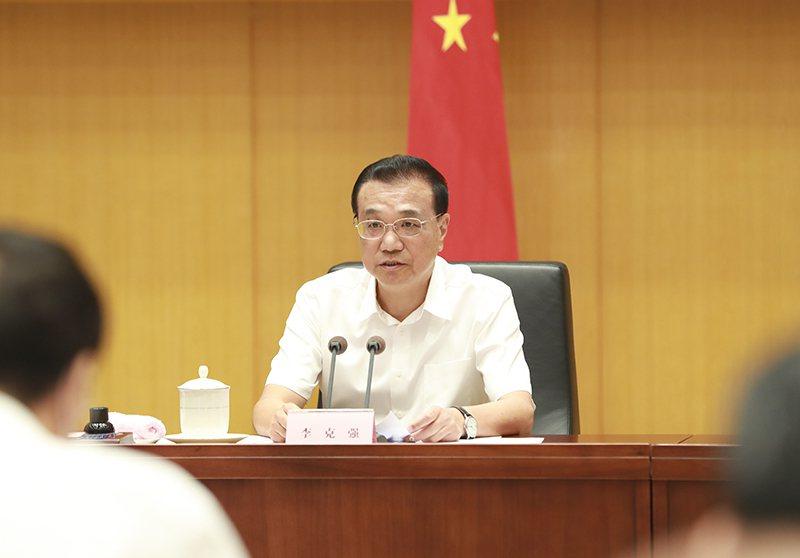 大陸國務院總理李克強稱,面對新的困難挑戰,仍然要靠改革開放破解難題。澎湃新聞