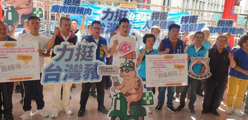 國民黨主席江啟臣今天在台中豐原,參加顧食安連署公投。記者游振昇/攝影