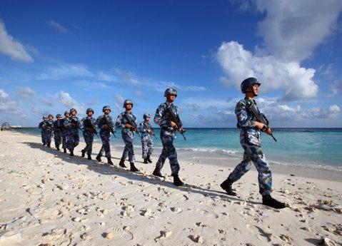南海武裝化、中俄重修舊好:美中爭霸下中共的突圍企圖