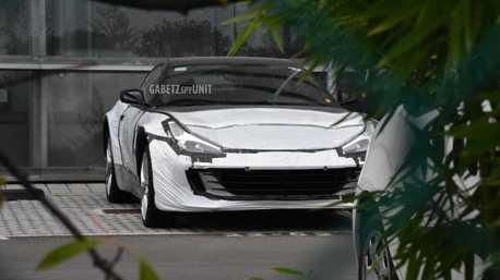 Ferrari首輛SUV終於浮上水面? 披著GTC4Lusso的外衣測試中!