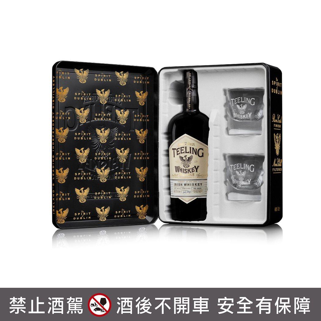 天頂都柏林復興名仕威士忌典藏禮盒。橡木桶洋酒/提供