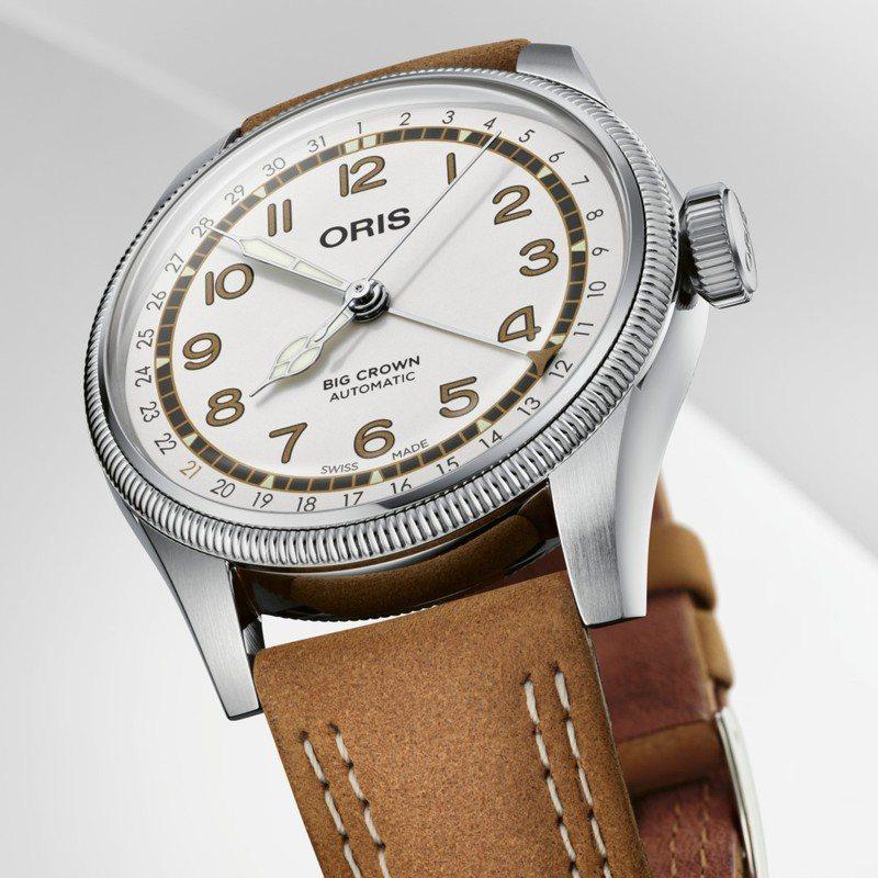 白色表面、搭配咖啡色皮帶或Nato帆布表帶的Roberto Clemente限量腕表,全球限量3,000只,預計九月第三周到貨。圖 / 翻攝自ig。
