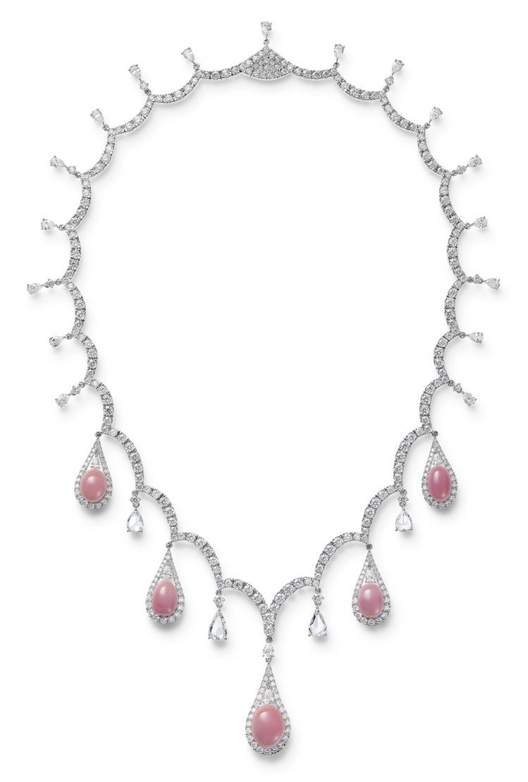 MIKIMOTO頂級珠寶系列套組孔克珍珠項鍊,價格未定。圖/MIKIMOTO提供