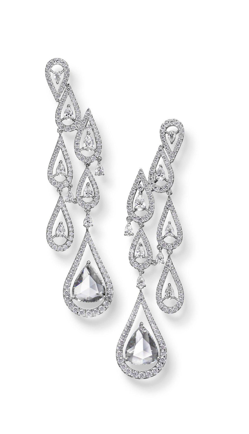 MIKIMOTO頂級珠寶系列鑽石耳環,價格未定。圖/MIKIMOTO提供