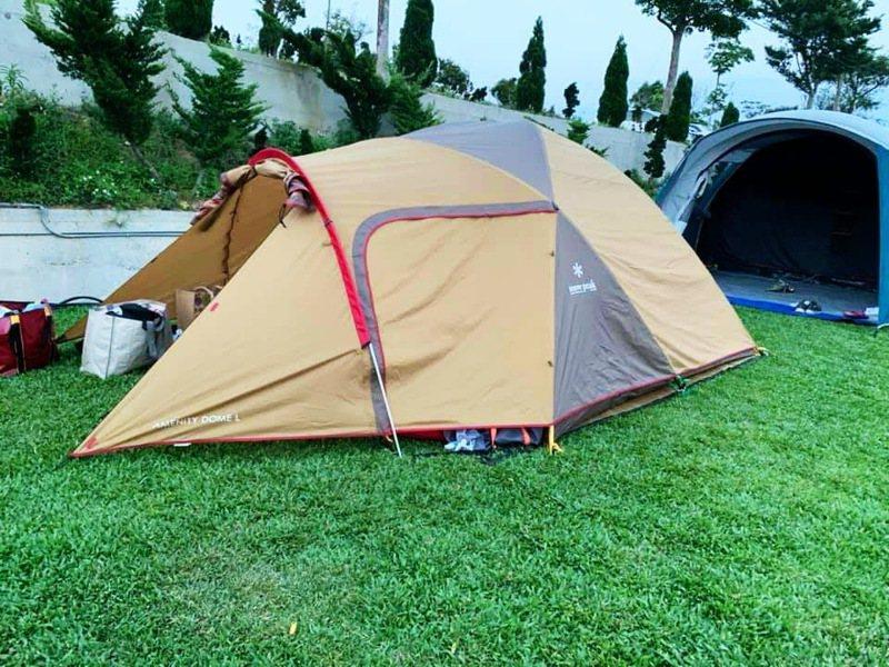 南投縣符合相關法令的露營區僅有15家,比例僅4.22%,觀光處表示目前是屬地主義欠缺主管機關。圖/讀者提供